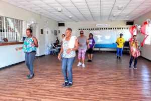 Capricorn line dancers